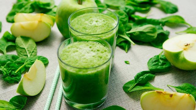 grüner smoothie gesund und vegan