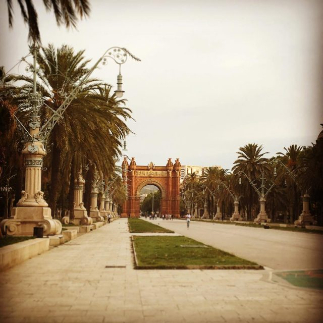 El famoso Arco de Triunfo arcodetriunfo barcelona bcn bcnigers bcnlovershellip