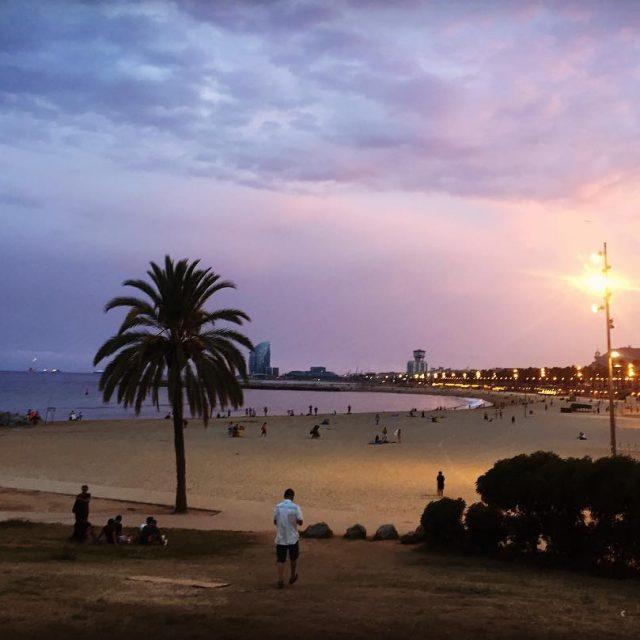 Last summer days at Barcelona! No te los pierdas! barcelonetahellip