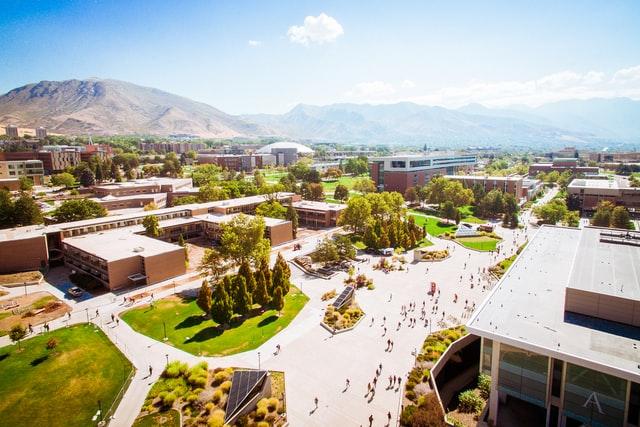 Ansicht von oben von einem Campus einer Universtität